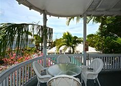 Duval Heaven - 1 bed 1 bath just steps to Duval St!Vacation Rental in Uptown (Upper Duval) from