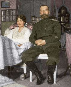 Grand Duchess Maria Nikolaevna recovering from measles, and her father, Tsar Nicholas II, c. 1917