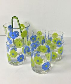 Colony Mod Flower Power Blue Daisy Ice Bucket Rocks Glass Set by… Vintage Dishes, Vintage Glassware, Blue Daisy, Pyrex, Vintage Home Decor, Milk Glass, Flower Power, Glass Vase, Rocks