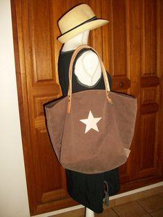 """Sac cabas en toile marron """"taupe"""" , étoile rosée , anses en cuir : Sacs à main par cocoon-by-ln"""