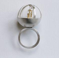jewellery installations - Hľadať Googlom