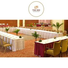 The HHI Bhubaneswar is #1Choice for All Purposes Minimally furnished, the 24-hours Business Centre offers open and private meeting spaces with a focus on comfort and convenience. A palette predominantly of beige, caramel and chocolate tones imbues the space with a sense of calm. Get more details about hotel: http://www.hhihotels.com/hotel-bhubaneswar/ #HHIBusinessCentre #TheHHIBhubaneswar