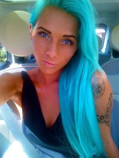 Dannika used these colours: Turquoise Directions hair coloring balm  http://www.fantasmagoria.eu/accessories/cosmetics-makeup/hair-color #hair dye