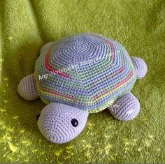 Tortuga Mei Amigurumi (28cm) - Patrón Gratis en Español aquí: http://cricrochet.blogspot.com.es/search/label/Patron%20tortuga