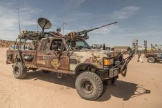 Car camping truck posts 28 Ideas for 2019 Zombie Survival Vehicle, Apocalypse Survival, Custom Trucks, Custom Cars, Pink Truck, Wasteland Weekend, Old Pickup Trucks, Cool Trucks, Monster Trucks