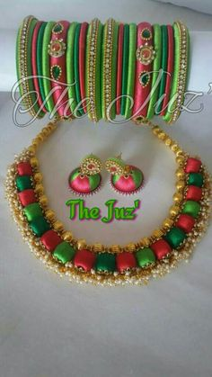 Silk Thread Bangles Design, Thread Jewellery, Beaded Necklace Patterns, Thread Art, Siri, Diy Necklace, Indian Jewelry, Jewelry Making, Colorful