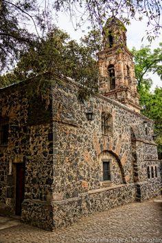 Chimalistac… Un rincón único en el sur del DF, Mexico. Foto de Jorge Mc Loughlin