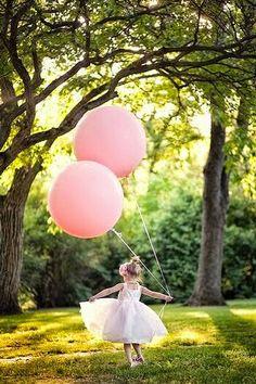 Ideas for decorating with balloons. Balloon ideas for decoration for birthdays, . - Ideen Luftballons zur Dekoration - Ideas for decorating with balloons. Balloon ideas for decoration for birthdays, weddings, celebrati - Ballerina Birthday Parties, Ballerina Party, 4th Birthday Parties, Girl Birthday, Ballerina Pink, Birthday Balloons, Birthday Ideas, Birthday Cake, Round Balloons