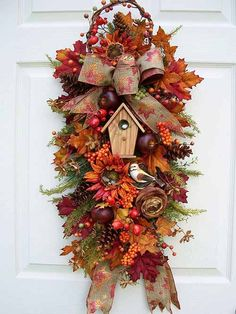 Inspiration-Fall Swag--Wreath Alternative www. Thanksgiving Wreaths, Autumn Wreaths, Holiday Wreaths, Spring Wreaths, Fall Door Wreaths, Wreath Crafts, Diy Wreath, Wreath Ideas, Fall Crafts