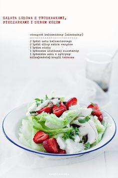 Sałatka z truskawkami i pieczarkami - Przepis