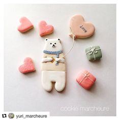 ご紹介させてください♪ @yuri_marcheure さんが、立ってるくまクッキー型とハート風船型を使ってとっても可愛いクッキーを作ってくださっております!癒されます〜♡ありがとうございます♪♪ #アイシングクッキー #クッキー型 #手作りクッキー #手作りおやつ #手作りお菓子 #minne #creema #tetote #クッキー #手作りクッキー型 #アイシングクッキー教室 #アイシング教室 #アイシングクッキー認定講師 #ハンドメイド #ステンドグラスクッキー #minneで販売中 # #handmadecookie #icingcookies #royalicing #sugarcookies #sugarart #아이싱쿠키 #糖霜曲奇 #biscoitosdecorados #decoratedcookies #kawaii #biscoitosrj #customcookies #thecookiecutterland