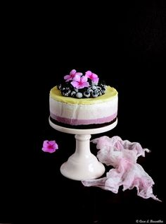 Coco e Baunilha: Cheesecake gelado de amora e mirtilo