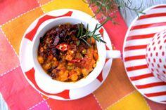 szczypta smaQ: Jesienny schab w warzywach z chrustem z wędzonego boczku