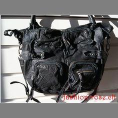Shoppertasche Jenni Fashion-rose Schweiz ein echter Klassiker diese Handtasche Balenciaga City Bag, Outfit, Shoulder Bag, Rose, Bags, Fashion, Switzerland, Handbags, Leather