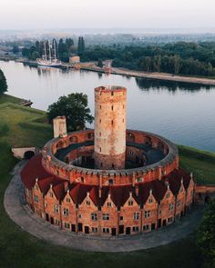 Romanesque Architecture, Ancient Architecture, Amazing Architecture, Medieval Tower, Medieval Castle, Beautiful Castles, Beautiful Places, Great Places, Places To Visit