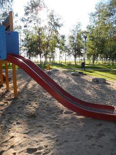 Otetaan hiekkalelut mukaan!: Nallikarin leikkipuisto