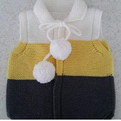 This Pin was discovered by nez Knitting Machine Patterns, Sweater Knitting Patterns, Crochet Cardigan, Crochet Scarves, Knit Patterns, Hand Knitting, Crochet For Boys, Crochet Baby, Knit Crochet