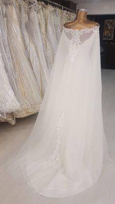 Berta Bridal Inspired Mermaid Wedding dress with detachable Cloak. Berta Bridal Inspired Mermaid Wedding dress with detachable image 7 Muslim Wedding Dresses, Used Wedding Dresses, Bridal Dresses, Wedding Gowns, Lace Wedding, Bridesmaid Gowns, Gothic Wedding, Crystal Wedding, Purple Wedding