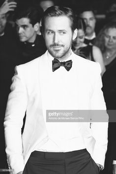 Ryan Gosling attends The Nice Guys' premier The Annual Cannes Film Festival on May 2016 in Cannes, . Feminist Ryan Gosling, Barbara Ann, Cannes Film Festival, Good Looking Men, Chris Hemsworth, Festival Outfits, Best Memes, In Hollywood, Future Husband