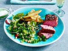 Steak-Rezepte - 21 herzhafte Ideen für alle Fälle Meat Chickens, Eat Smarter, Kraut, Food Porn, Cooking Recipes, Fish, Allg, Low Carb, Drink