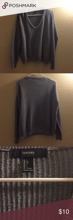 FINAL PRICE! 🌷 Forever 21 Gray Sweater Gently worn and still in great condition. Sweaters V-Necks