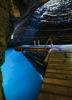 Beautiful Places To Travel, Cool Places To Visit, Utah Adventures, Best Scuba Diving, Road Trip Usa, Vacation Spots, Utah Vacation, Hot Springs, Travel Usa