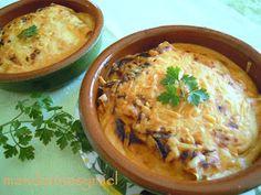 Desde el blog MANDARINAS Y MIEL te dan una explicación detallada de esta receta de canelones con pollo.