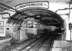 Paris - Métro - MA - Essais - 28/04/1951 - RATP Old Paris, Vintage Paris, Paris Eiffel Tower, Tour Eiffel, Old Pictures, Old Photos, Paris France, Metro Paris, Foto Madrid