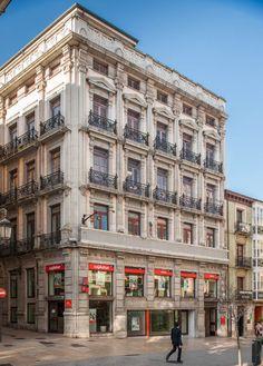 Calle de la Cámara, esquina con Alfonso VII o Calleja de Los Cuernos.