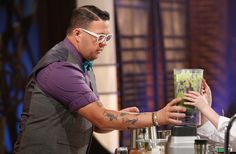 Graham Elliot reveals the two qualities every Master Chef needs to have  What is the best cooking related advice you've ever received? That it's not black and white - it's all grey area. http://www.aol.com/article/2016/06/20/graham-elliot-reveals-the-two-qualities-every-master-chef-needs/21398983/