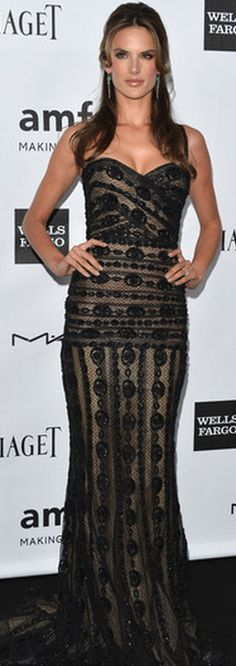 Who made Alessandra Ambrosio's black lace gown that she wore in Los Angeles on October 11, 2012?