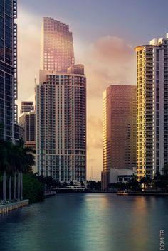 Miami River at Brickell Key Downtown Miami, Miami Florida, Florida Beaches, South Florida, Miami Beach, South Usa, Miami City, Miami Wallpaper, City Wallpaper