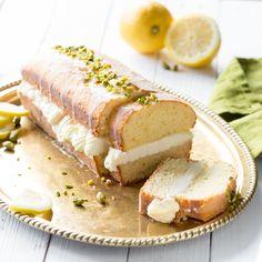 Pimp deinen Kastenkuchen! Zitronenkuchen ist lecker - Zitronenkuchen mit einer cremigen Füllung aus Lemon-Curd und Frischkäse ist jedoch der Wahnsinn!