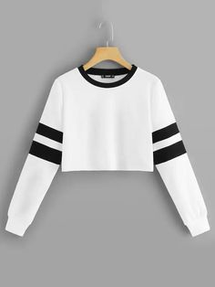 To find out about the Varsity Striped Crop Pullover at SHEIN, part of our latest Sweatshirts ready to shop online today! Girls Fashion Clothes, Teen Fashion Outfits, Mode Outfits, Outfits For Teens, Girl Outfits, Grunge Outfits, Crop Top Outfits, Cute Casual Outfits, Stylish Outfits