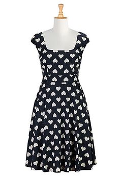 I <3 this Valentine heart print dress from eShakti. Another one for my navy blue obsession.