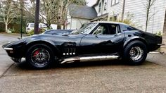 Our Black Friday gallery pays homage to Black Corvettes from all 7 generations. As we close out the month of September, here are 46 Black Friday Corvettes! Corvette Stingray 1969, Black Corvette, Classic Corvette, Chevrolet Corvette Stingray, Motorcross Bike, Old Muscle Cars, Gm Car, Amazing Cars, Awesome