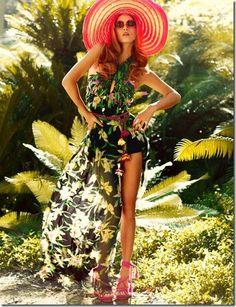 Vestitino lungo o corto? D'estate amo i lunghi abiti floreali.