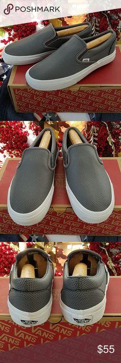 547859ab94d Vans Classic Slip-On Mens Size 8 Vans Classic Slip-On Mens Size 8 Womens  Size Vans Shoes Loafers   Slip-Ons