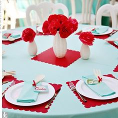 1950s Retro-Themed Bridal Shower http://theknot.ninemsn.com.au/wedding-planning/pre-wedding-events/bridal-showers-wedding-planning/1950s-retro-themed-bridal-shower?photo_index=0#