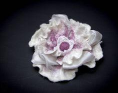 SALE. Felted Flower Brooch white pink color. Wet by WoolFeltArt
