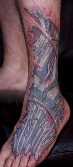 Biomechanical leg tattoo #Biomechanical #tattoo