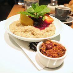 Frühstück im Ulrich - giveherglitter Risotto, Eat, Breakfast, Ethnic Recipes, Food, Stand Up, Treats, Food Dinners, Kuchen