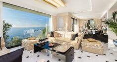 Seafront Californian Villa - Living Room with Sea View