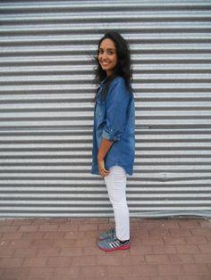 http://unachicasual.blogspot.com.es/2014/10/relaxing-day.html  sport, sneakers, deportivas, adidas, gris, gray, fucsia, white, pants, trousers, pantalón, camiseta, shirt, t-shirt, denim, vaquero, camisa, bolso, bag, girl, inspiration, moda, trend, fashion, blogger, look, ootd, outfit