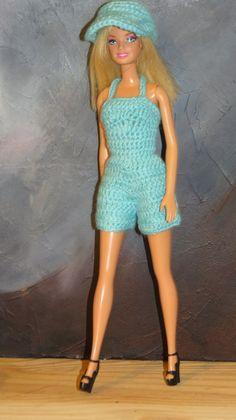 Crochet Doll Pattern, Crochet Dolls, Knit Crochet, Barbie Style, Crochet Barbie Clothes, Doll Clothes, Barbie Patterns, Style Inspiration, Fashion Outfits
