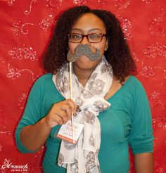 Fun photo booth pic of Bianca Dottin / Elle B Styles at Monarch Jewelry's Blog and Bling Event. The Monarch Jewelry showroom is located in Winter Park, Florida.