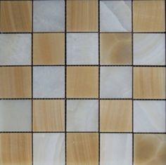 Mozaika marmurowa -  Kolekcja: Tetra 50; Kod: T5010; Wykończenie: POLER; Materiał: Onyx, Onyx Yellow; Wym. Kostki: 5,0x5,0 cm; Wym. Plastra:  31,3x31,3 cm
