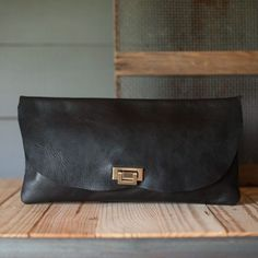 Leather bag for women