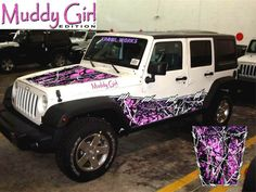 Muddy girl pink camo jeep. This is the most beautiful jeep my eyes have seen.. Ever.