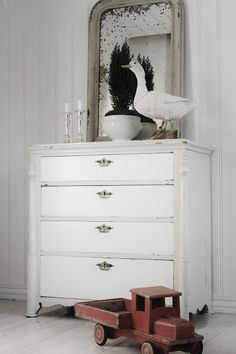 Goose shabby chic french country rustic decor idea.  ***Pinned by oldattic ***.